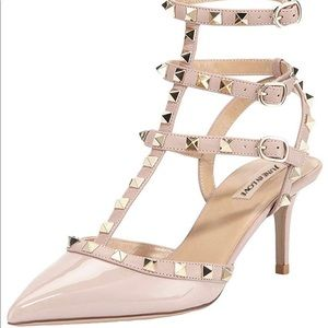 Shoes - Heels never sued